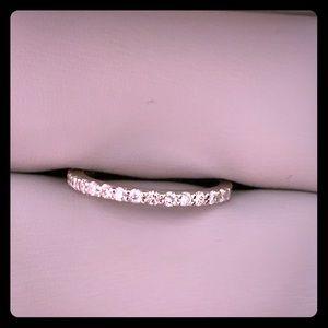 Jewelry - Brand new white gold band with diamond